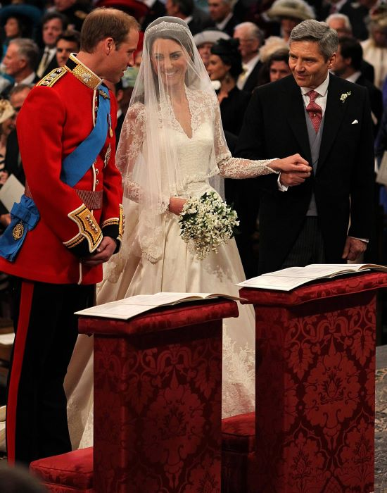 kate middleton brother gay. kate middleton brother prince